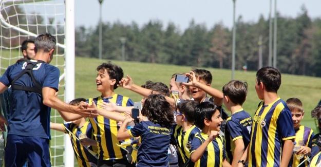 Fenerbahçe'ye sürpriz ziyaret