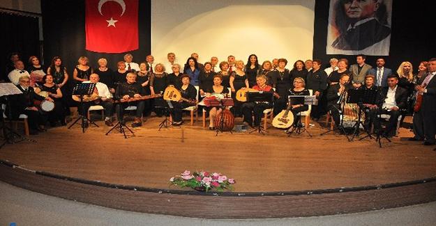Menderes'te kadınlara özel koro