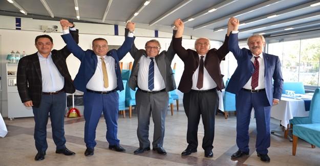 Karabağlar'da Demokrasi Şöleni