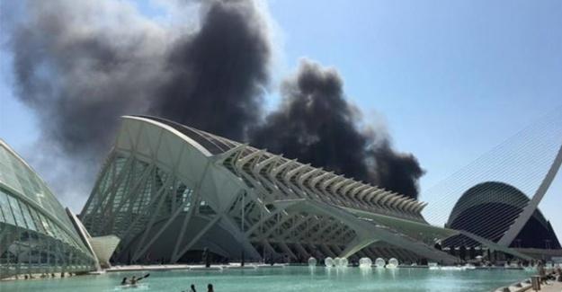 Avrupa'nın en büyük akvaryumunda yangın