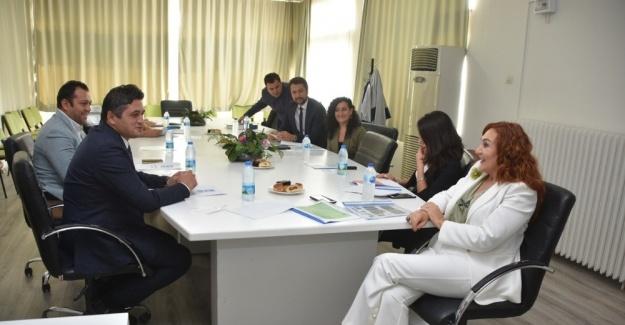 Başkan Acar'dan Ege Üniversitesi İletişim Fakültesine ziyaret