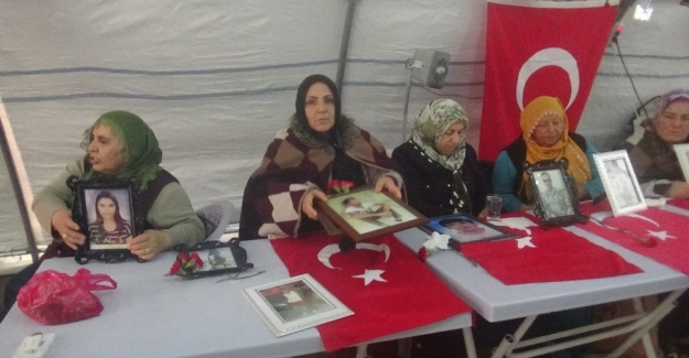 HDP önündeki ailelerin evlat nöbeti 88'inci günde