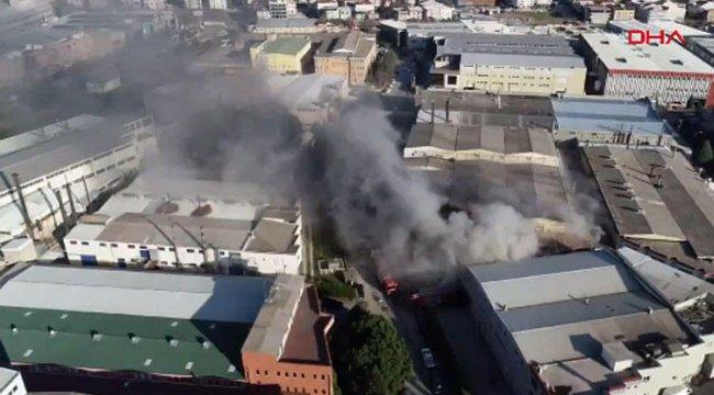 Bursa'da depoda yangın! 10 itfaiye aracı sevk edildi