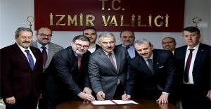 MÜSİAD İzmir'den Anlamlı Protokol