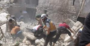 İdlib'de hava saldırısı: 9 sivil öldü