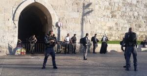 İsrail askerleri ile...