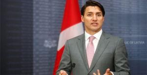 Kanada Başbakanı Trudeau'dan özür