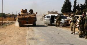 Suriye Milli Ordusu  askerleri Münbiç'in sıfır noktasında