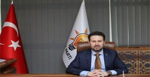 AK Partili Çiftçioğlu'ndan Başkan Tugay'a 'maaş ve lüks makam aracı' çıkışı!
