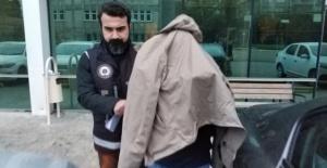 Eski binbaşı FETÖ'den tutuklandı