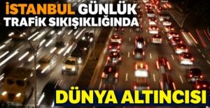 İstanbul günlük trafik sıkışıklığında...