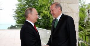 Rusya, Erdoğan#039;ı zafer bayramına...