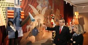 """Batur: """"Konak'ı eşsiz tarihiyle öne çıkaracağız"""""""