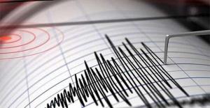 Manisa#039;da korkutan bir deprem...