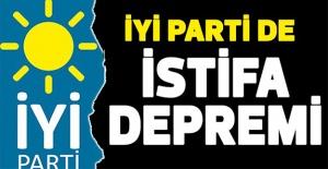 İYİ Parti#039;de istifa depremi!